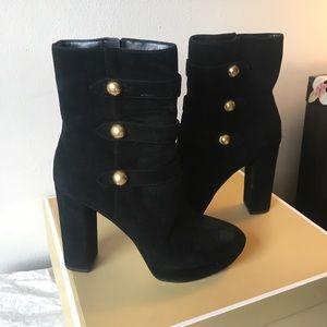 Michael kor platform boots